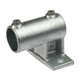 G145 Cast iron offset railing side support (horizontal) A16, hot-dip galvanised